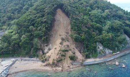 H29台風18号による被災状況(一般県道 四浦日代線)