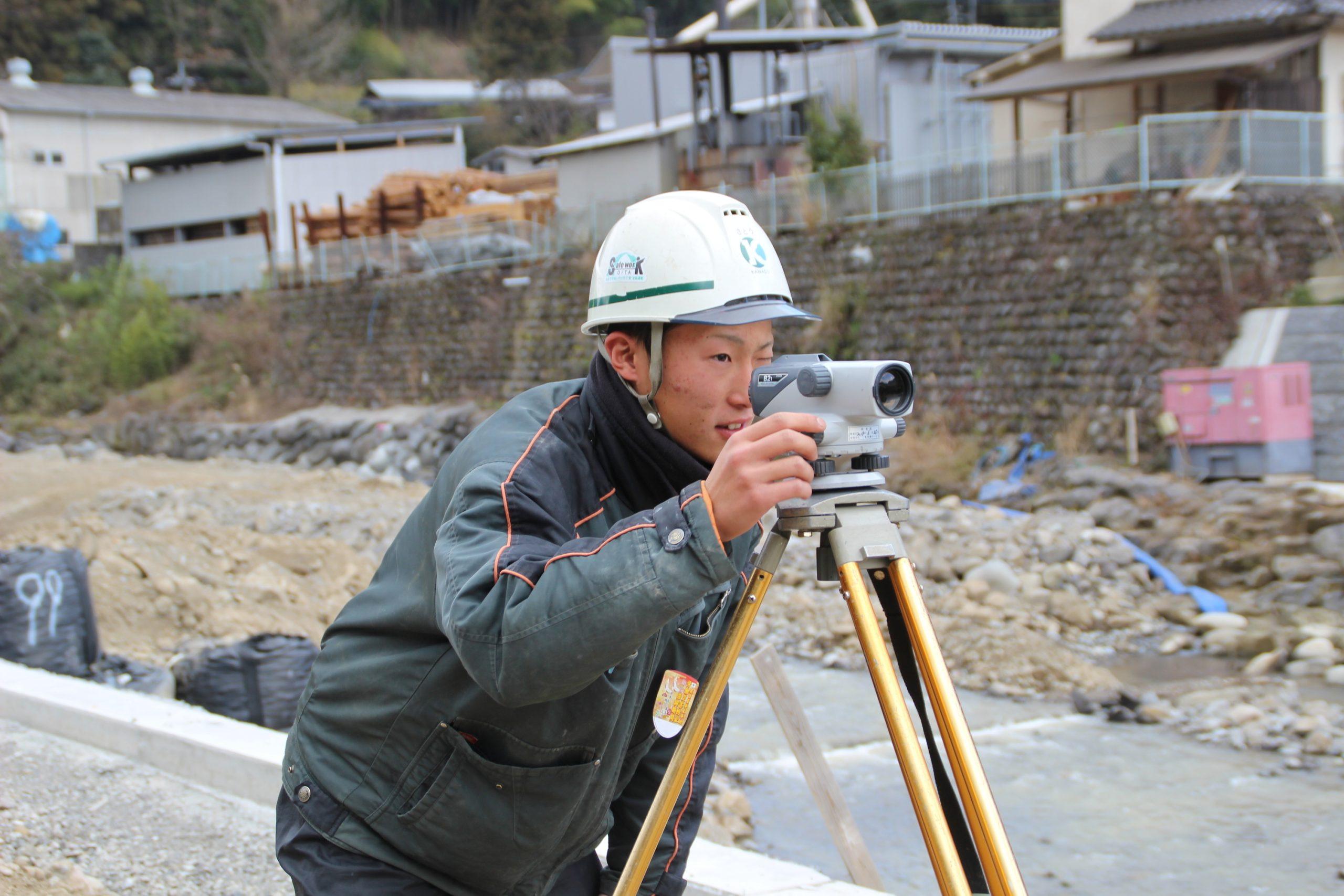 河津建設(株)  佐藤 謙吉さん(21歳)